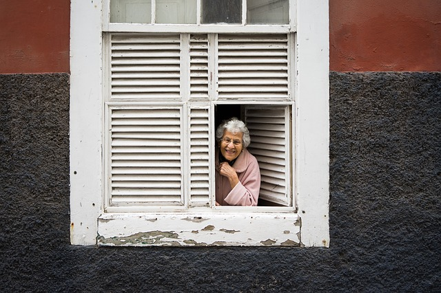 a smiling older women