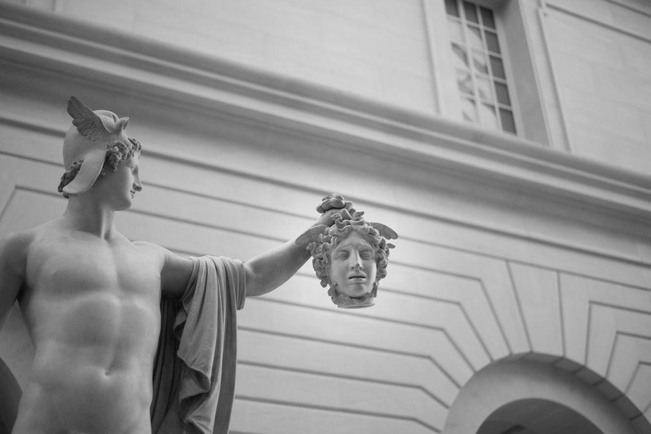 Statue of Perseus holding Medusa's severed head